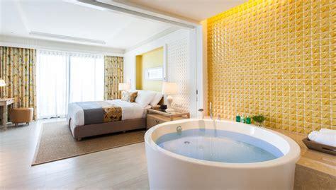 hotels with bathtub in bedroom photo gallery amari hua hin