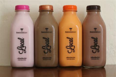 We Tried The Arizona Orange Milk from Danzeisen Dairy
