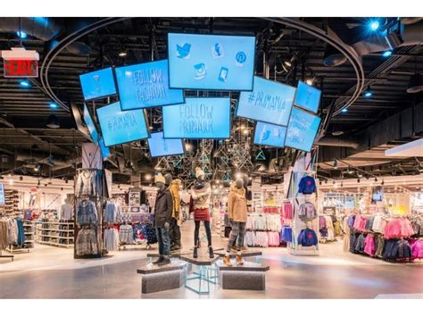 layout of danbury fair mall primark s third us store opens at danbury fair mall