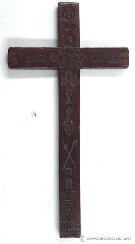 imagenes de cruces satanicas peque 241 a cruz de montserrat s xviii en madera comprar