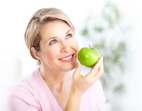 alimentazione in menopausa farnettialimentazione in menopausa su misura