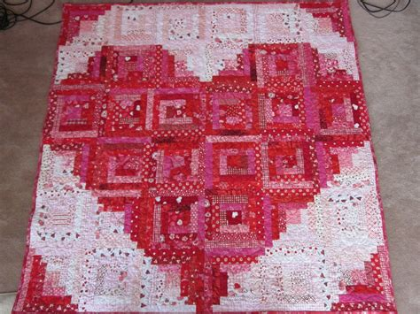 pattern for log cabin heart quilt zany quilter valentine quilt