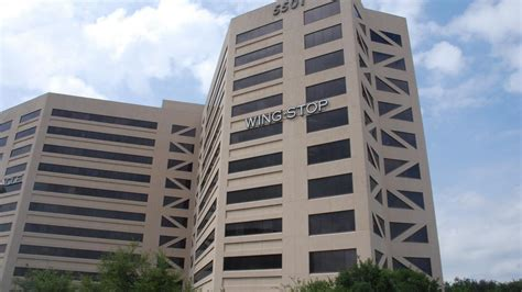 Wingstop Corporate Office by Wingstop Boosts Dallas Headquarters By More Than 30