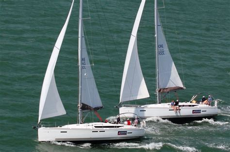best sailing schools america s best sailing lessons offshore sailing courses