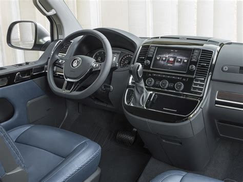 volkswagen concept van interior volkswagen multivan alltrack concept la furgoneta