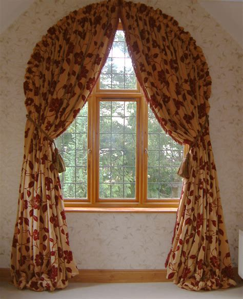 Arched window curtains a curtain for an arched window thriftyfun curtains for arches window