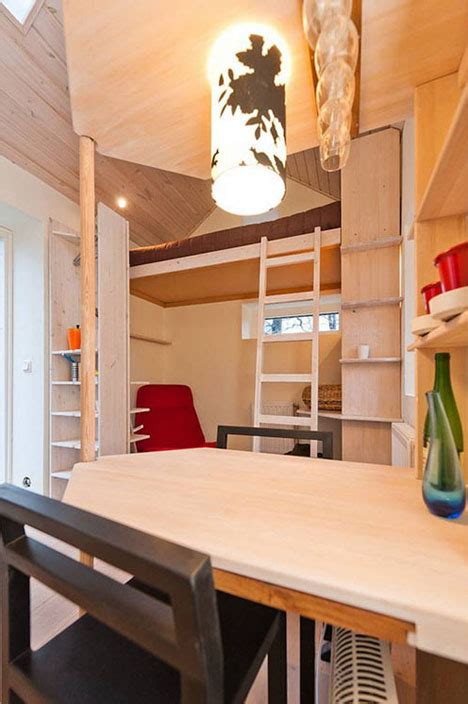 Modest Student Micro Cottage Is A Mere 12 Square Meters | modest student micro cottage is a mere 12 square meters