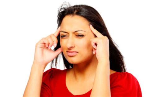 mal di testa sindrome premestruale 90348 medicinalive