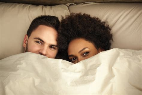 couples bedding 3 reasons not to sleep with him on the first date