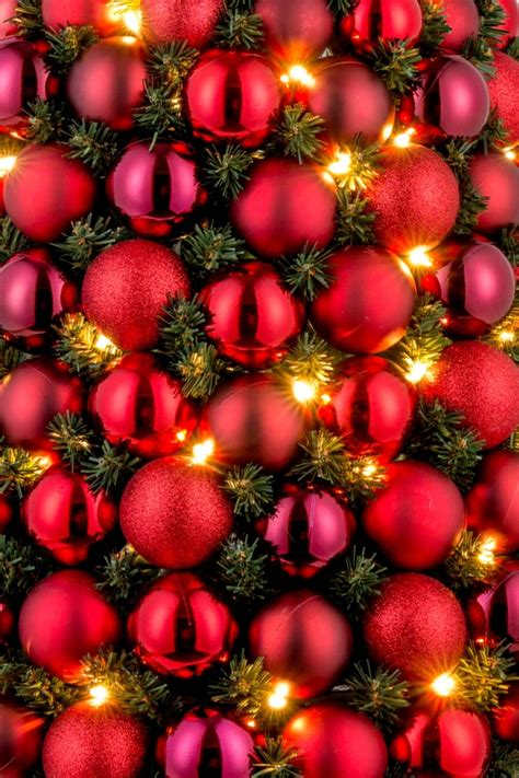kugeln weihnachtsbaum christbaum mit kugeln rot 60 cm hoch led beleuchtung