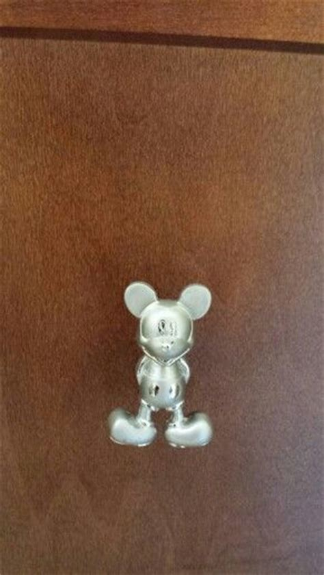 Mickey Mouse Drawer Knobs by 15 Best Ideas About Mickey Mouse Gloves On