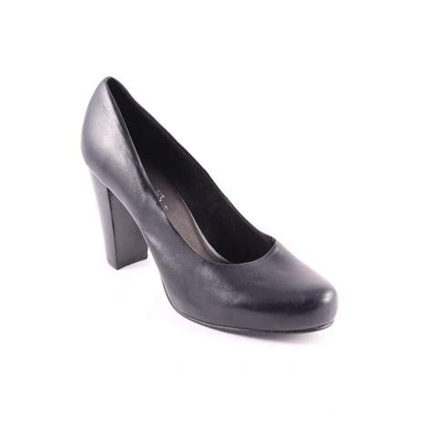simple black high heels s oliver selection high heels black simple style women s