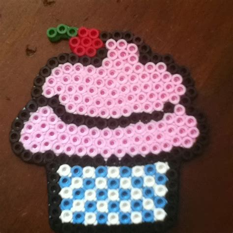 perler bead cupcake pin cupcake perler bead pattern sprites food fuse patterns