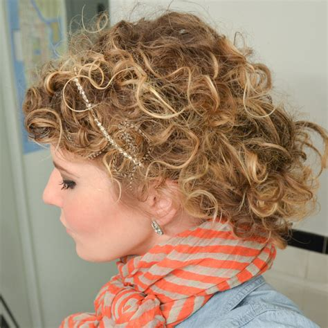 www step cut hairstyle that looks curly hair how to style curly hair see how to style curly hair and