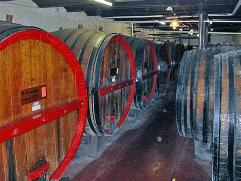 finger lakes wineries   york state travel