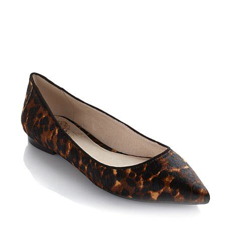 Get Leopard Print Flats Like Cameron And Reese by Reese Witherspoon And Husband Jim Toth Hold As Abc