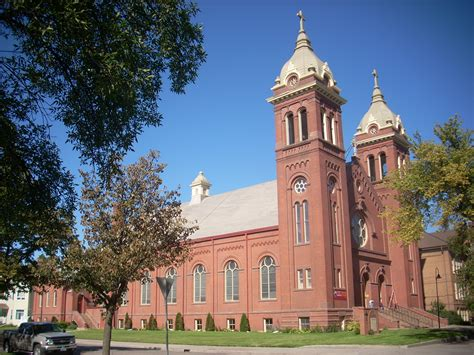 churches in grand forks nd