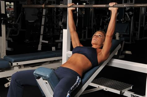 bench pressing for women women strength training your guide to a sexy fit body