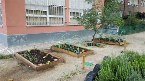 imagenes de jardines escolares huertos escolares sostenibles