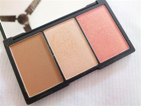 Sleek Form Contour Kit sleek makeup form light review