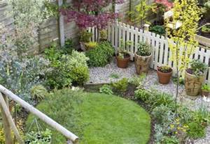 Small Gardens Ideas On A Budget 31 Small Garden Design Ideas On A Budget Gardenoid