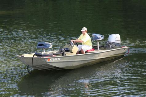 aluminum fishing boat pictures 16ft aluminum fishing boats pictures to pin on pinterest