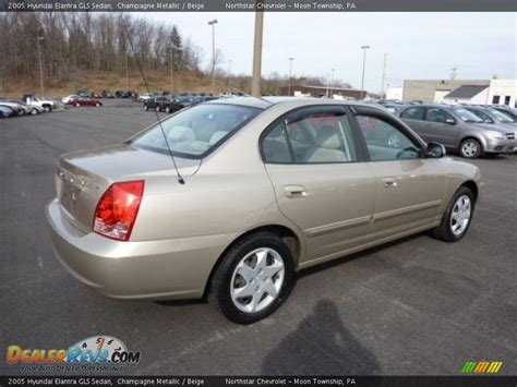 2005 hyundai elantra gls chagne metallic 2005 hyundai elantra gls sedan photo 6