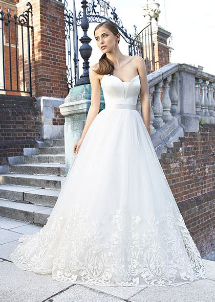 Wedding Designer Dress by Designer Wedding Dresses Couture Bridal Uk Suzanne Neville