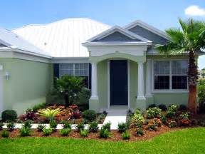 Small Homes Landscaping Ideas Palm Trees Landscaping On Clusia Florida