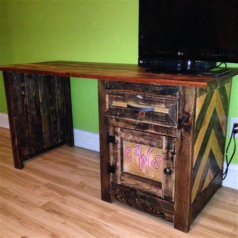 Diy Pallet Desk Diy Pallet Child S Desk Design Computer Table 101 Pallets