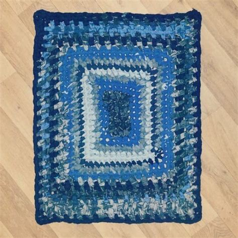 crochet denim rug denim upcycled into a crochet rag rug from little v and me crochetholic hilariafina