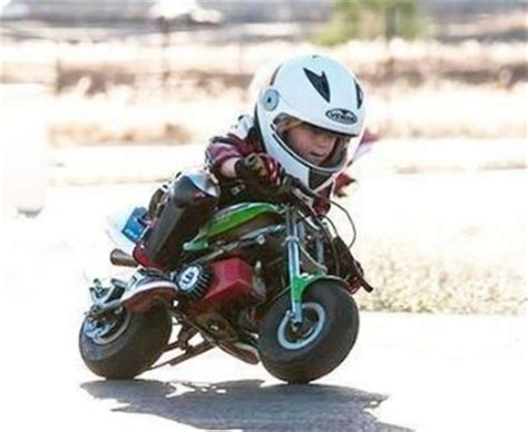 Motorradhelm Kind by Coolest Motorcycle Helmets For Kids