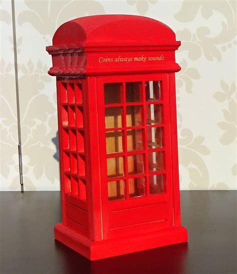 una cabina telefonica cabina telefonica londoneza simbol cunoscut in toata lumea