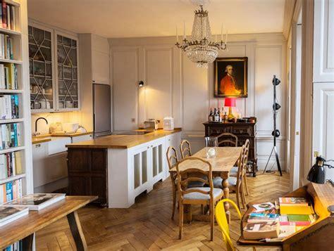 airbnb edinburgh edinburgh s 10 coolest airbnb apartments