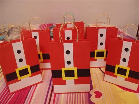 imagenes navideñas regalos las 25 mejores ideas sobre bolsas de cosas navide 241 as en