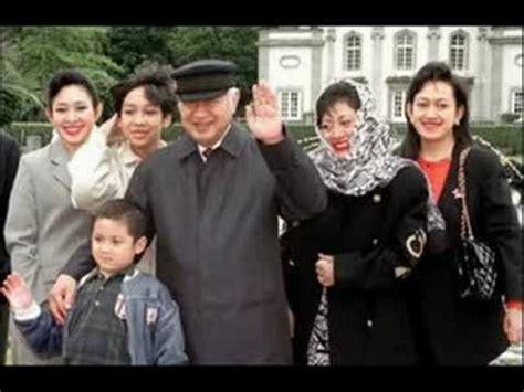 Keluarga Cendana tribute to soeharto