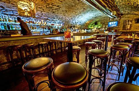 Schwarz Weiss Bar Stuttgart by Serie 24 Stunden Ludwigsburg Mitternacht In Den