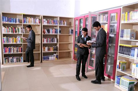 Indira Institute Of Management Pune Mba Fee Structure by Top 10 Mba Colleges In India