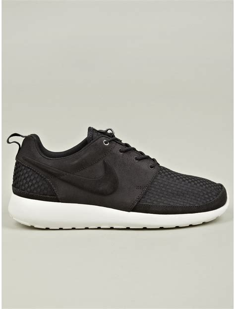 roshe shoes for nike black roshe run woven sneakers in black for lyst