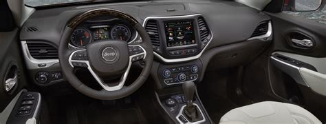 jeep crossover interior 2017 jeep cherokee limited interior best new cars for 2018
