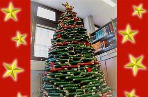 upcycling in hohenheim wie aus b 252 chern ein christbaum
