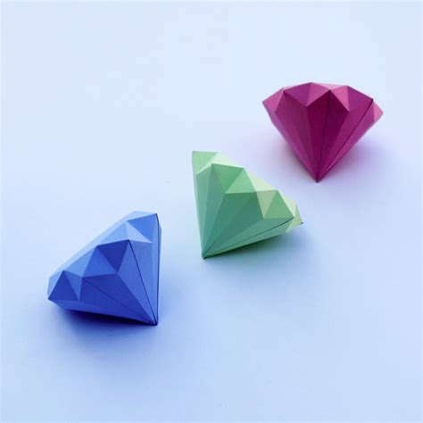 How To Make A 3d Paper - 3d paper diamonds minieco