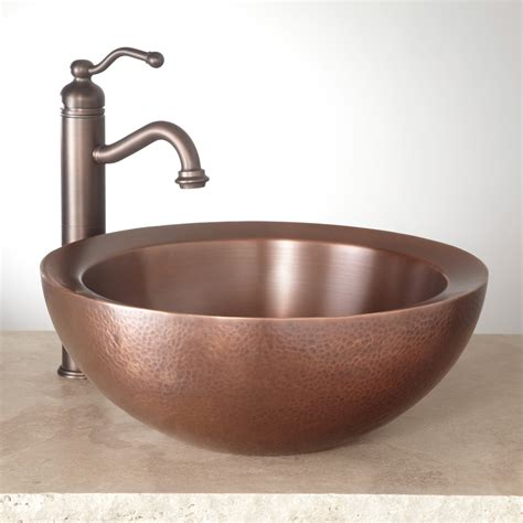 Vessle Sinks by 16 Quot Casalina Wall Hammered Copper Vessel Sink