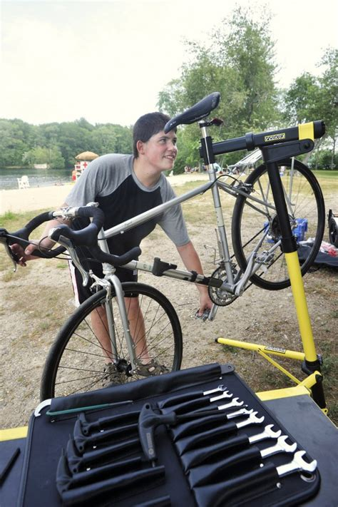 Cbc Background Check Biddeford S Bike Doctor Out And About Portland Press Herald