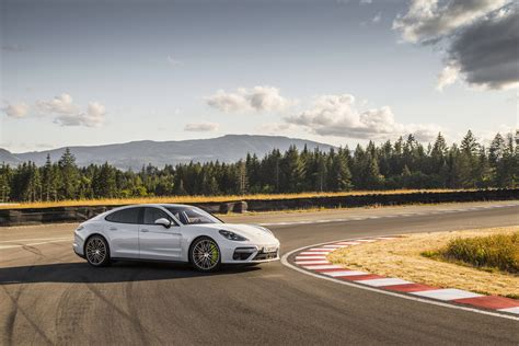 Was Kostet Porsche Panamera by Panamera Turbo S E Hybrid Supersportler Mit Elektromodul