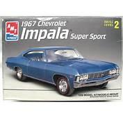 AMT 1/25 Chevrolet 1967 Impala Super Sport SS427 Coupe 2 Door Hardtop