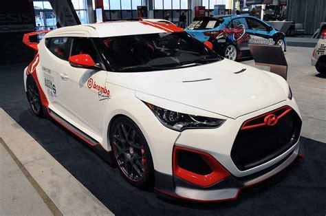 hyundai veloster turbo upgrade hyundai goes bonkers with performance velosters autoblog