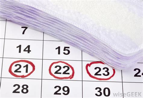 ovulation discharge color how common is discharge during ovulation with pictures