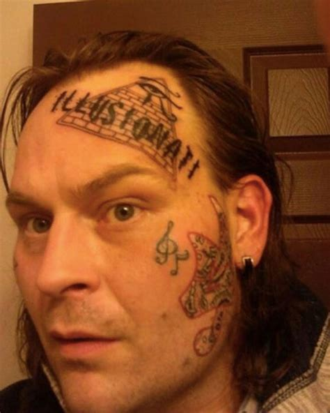 21 people with really insane face tattoos
