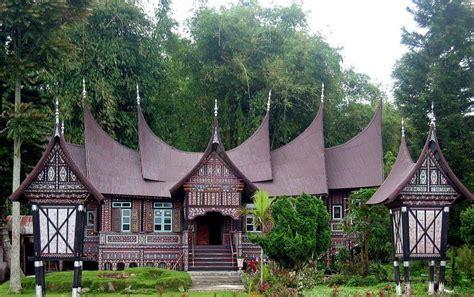 gambar rumah adat india rumah adat kalimantan lengkap  penjelasan menengok keseharian
